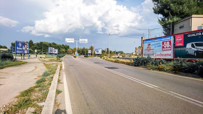 1100 – Via Magnaghi presso Ponte Punta Penna (1° da sx) – Taranto