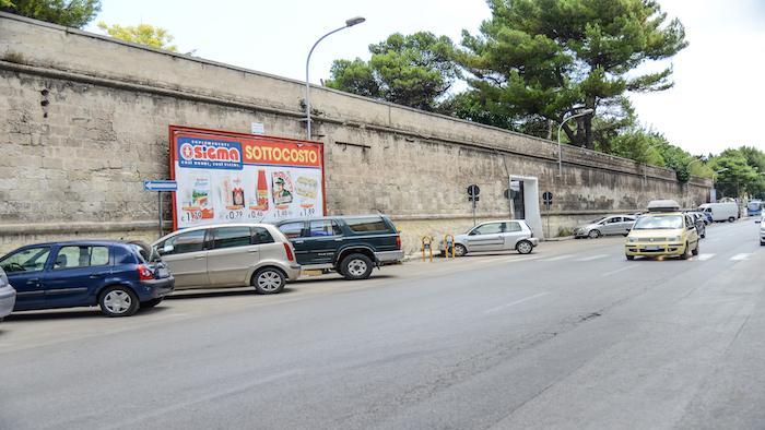 1170 – Via Cugini fronte via Pacuvio – Taranto