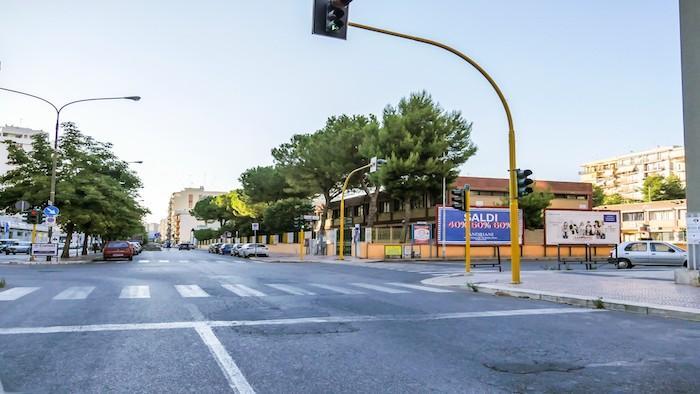 1680 – Via Campania angolo corso Italia (2° da sx) – Taranto