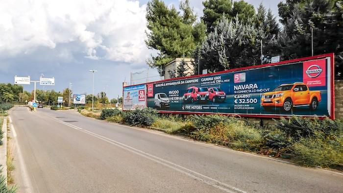 1270 – Via Magnaghi presso Ponte Punta Penna (3° da sx) – Taranto