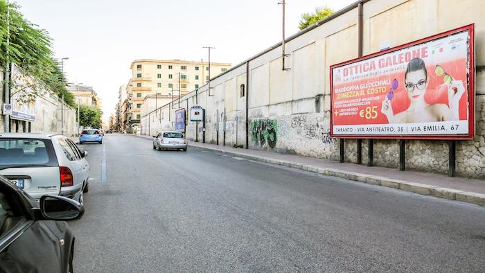 2100 – Via Leonida fronte via Cugini (1° da sx) – Taranto