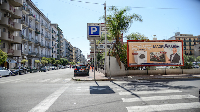 2500 – Via Minniti angolo via Oberdan – Taranto