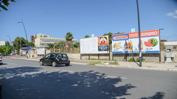2520 – Viale M. Grecia tra via Emilia e corso Italia (4° da sx) – Taranto