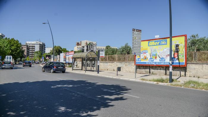 2620 – Viale M. Grecia tra via Emilia e corso Italia (5° da sx) – Taranto
