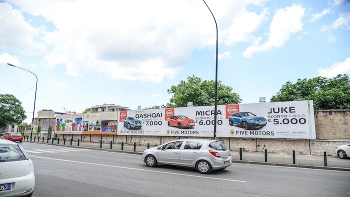 500 – Viale Virgilio fronte via Campania (5° da sx) – Taranto