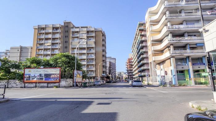 920 – Via Alto Adige angolo via Salinella – Taranto